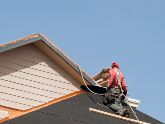 Picking the Best Roofing Contractor