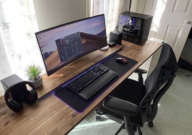 Choosing The Right Home Computer Desks